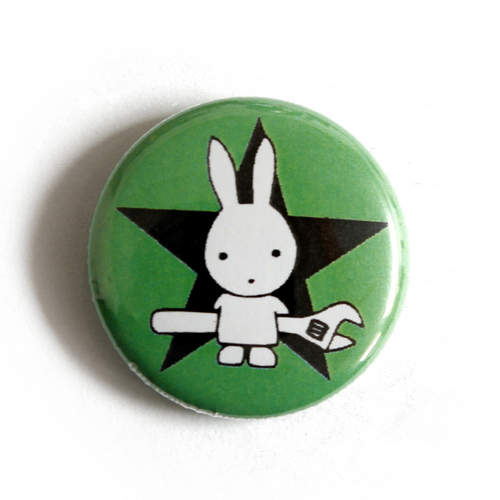 """Button """"Rabbit with Wrench - green"""""""